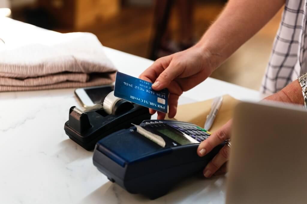 カード決済マシン
